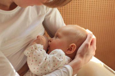 allattamento-materno-al-seno-esclusivo